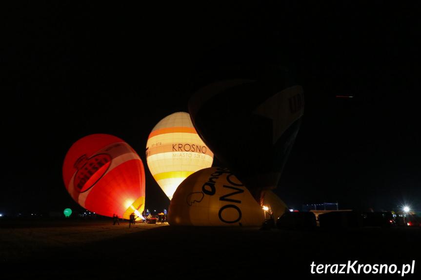 Balony nad Krosnem 2019 - Nocny pokaz balonów