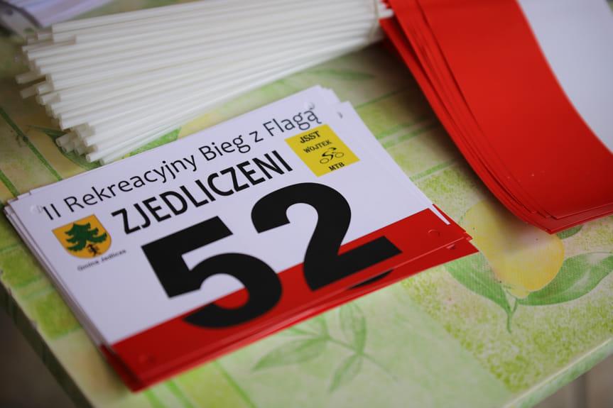 Bieg z flagą w Jaszczwi