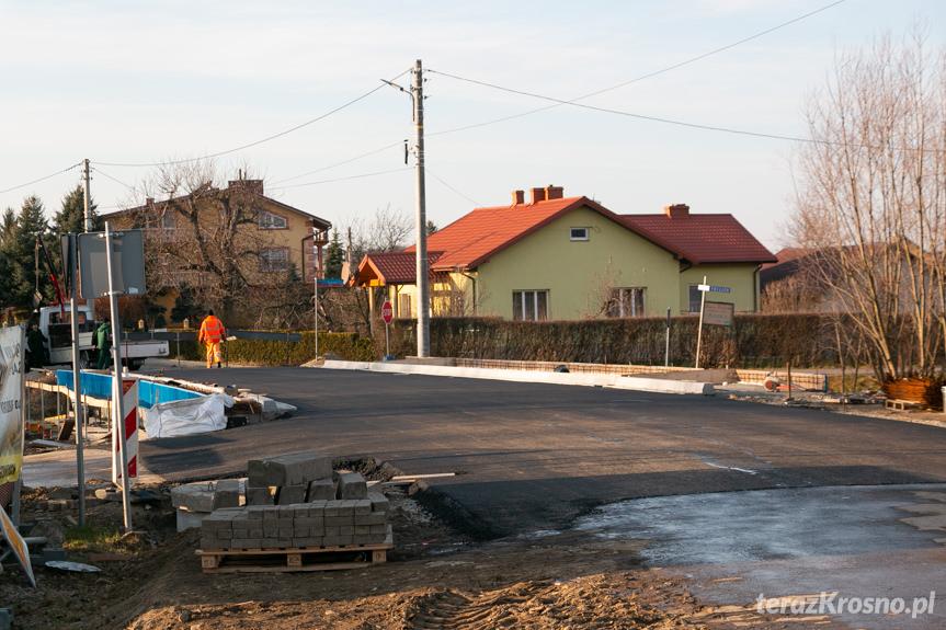 Budowa mostu w Rogach