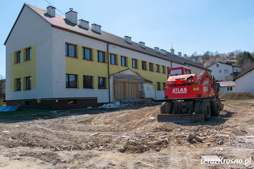 Budowa sali w Lubatówce