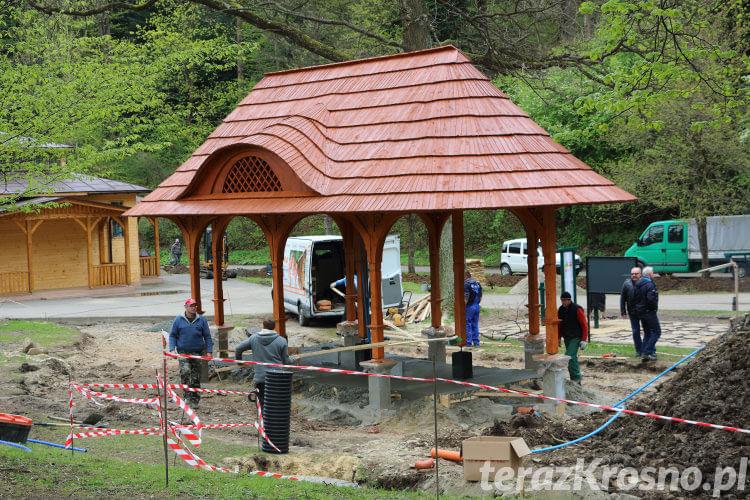 Budowa tężni solankowej w Rymnowie-Zdroju