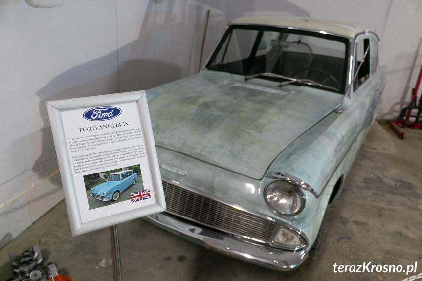 Galeria samochodów w Korczynie