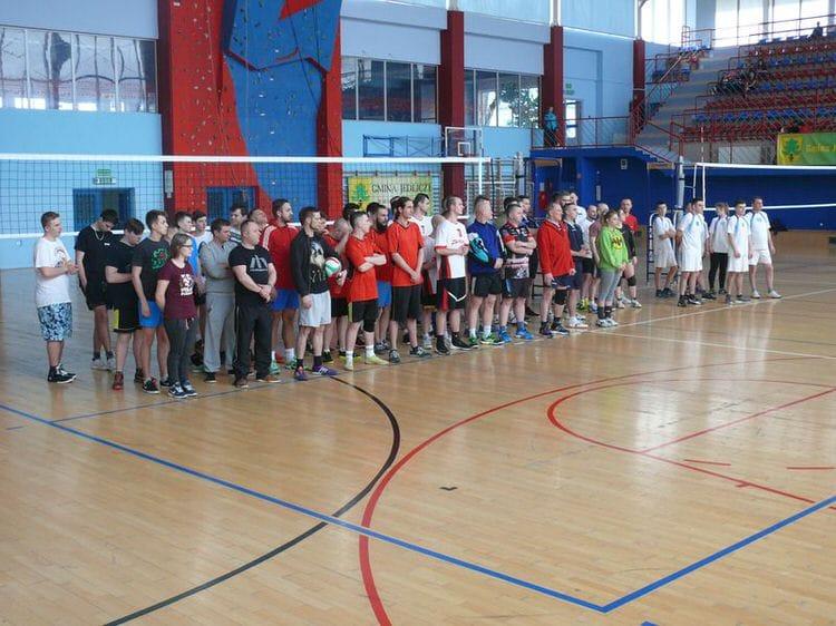 Gminny Turniej Piłki Siatkowej Drużyn OSP w Jedliczu