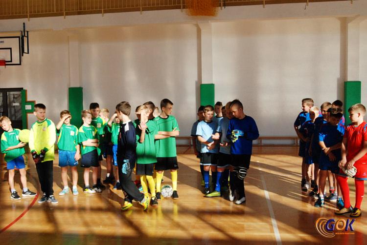 Halowy Turniej Piłki Nożnej o Puchar Dyrektora GOK
