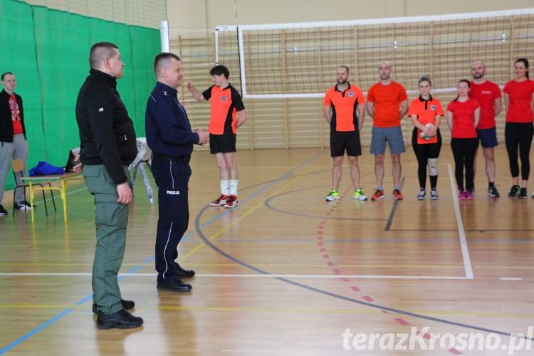 II turniej w piłce siatkowej o Puchar Komendanta Miejskiego Policji w Krośnie