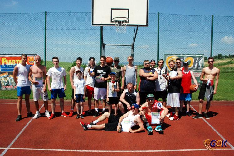 IV Turnieju Koszykówki Ulicznej Streetball o Puchar Gminy Miejsce Piastowe