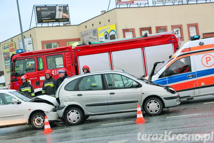 Kolizja 4 samochodów w Krośnie