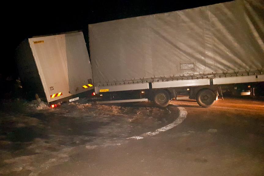 Kolizja ciężarówki w Woli Komborskiej