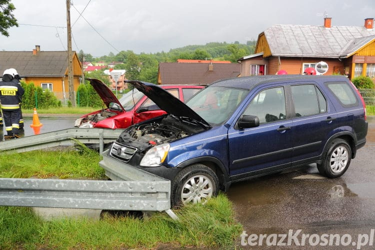Kolizja dwóch samochodów w Posadzie Górnej