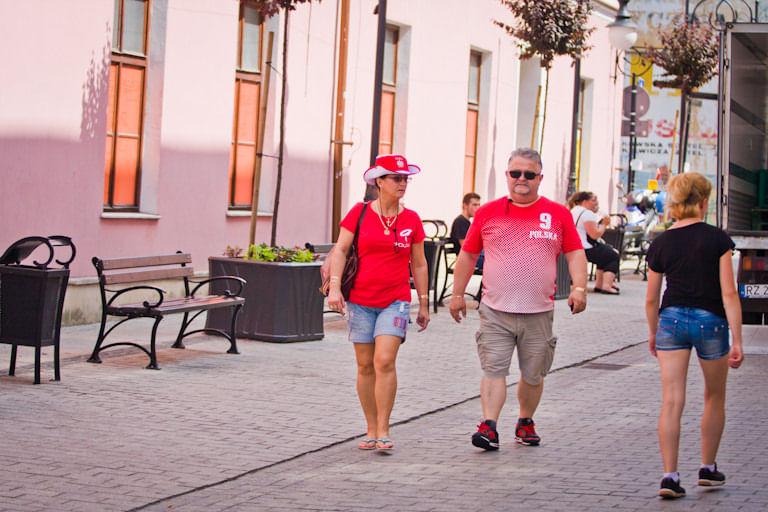 Mecz Polska - Szwajcaria. Kibice w Krośnie