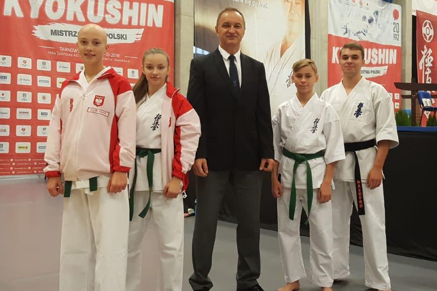 Oliwia Oliwia Krupa Mistrzynią Polski Juniorów Młodszych Kyokushin Karate
