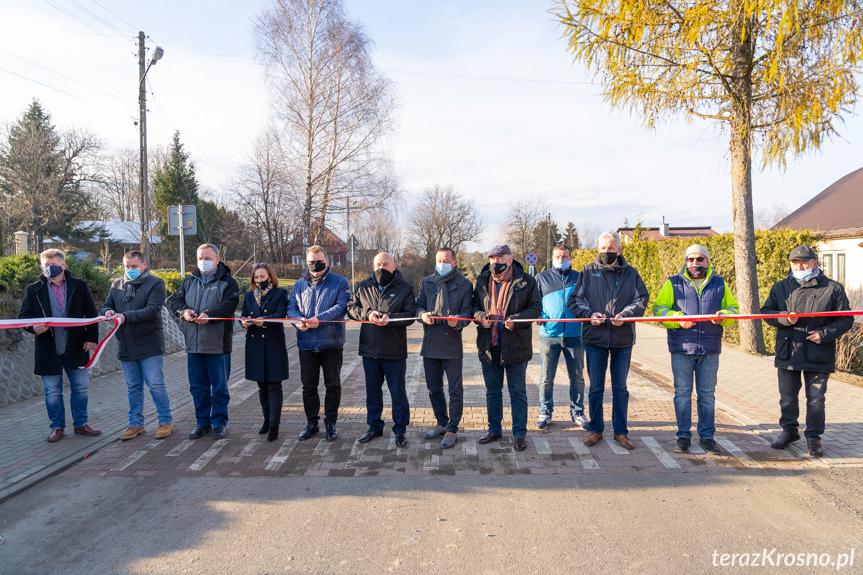 Otwarcie drogi po remoncie w Żeglcach