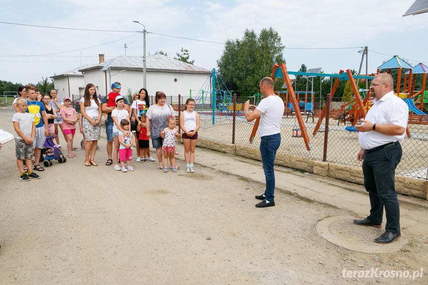 Plac zabaw w Iwoniczu