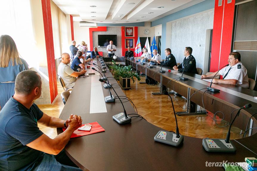Podpisanie umów przez OSP