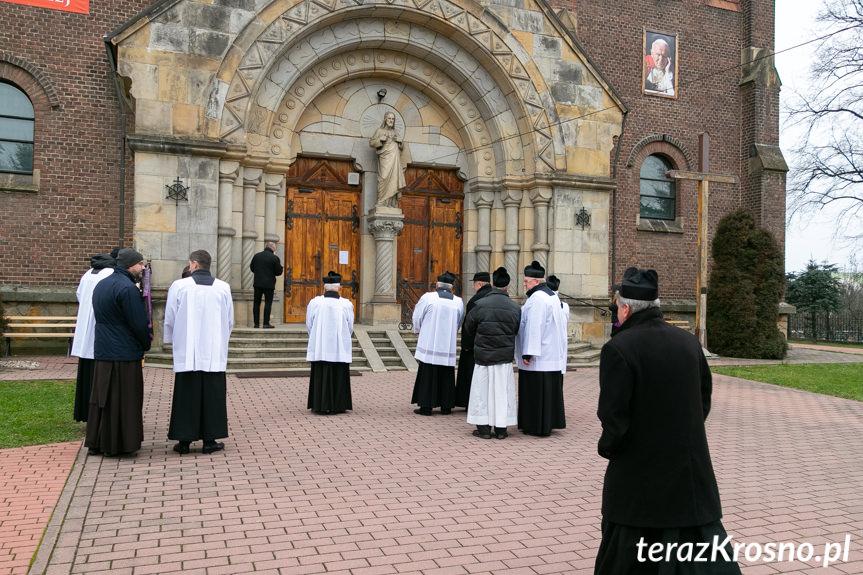 Pogrzeb ks. prał. Stanisława Guzika w Jedliczu