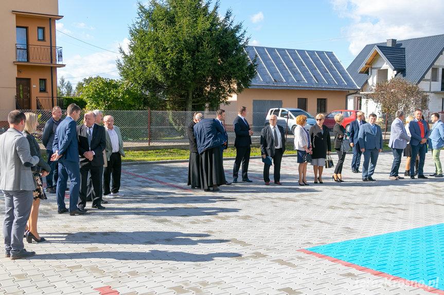 Poświęcenie i oddanie do użytku nowego budynku użyteczności publicznej w Pustynach