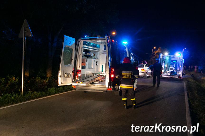 Potrącenie dwóch osób w Łękach Strzyżowskich