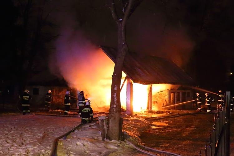 Pożar budynku gospodarczego w Jedliczu