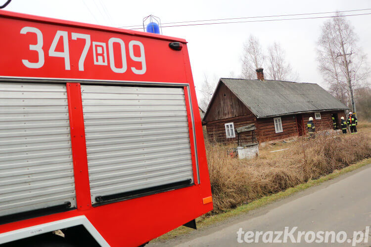 Pożar drewnianego domu w Poraju