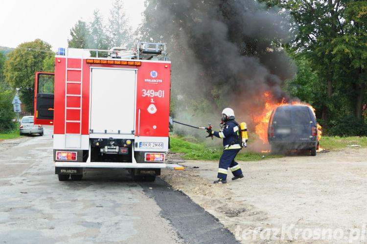Pożar samochodu w Chorkówce