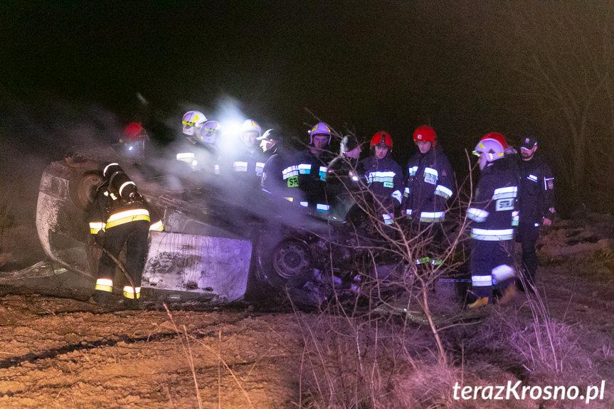 Pożar samochodu w Krościenku Wyżnym