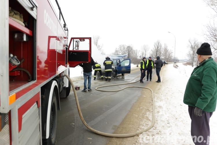 Pożar samochodu w Żarnowcu