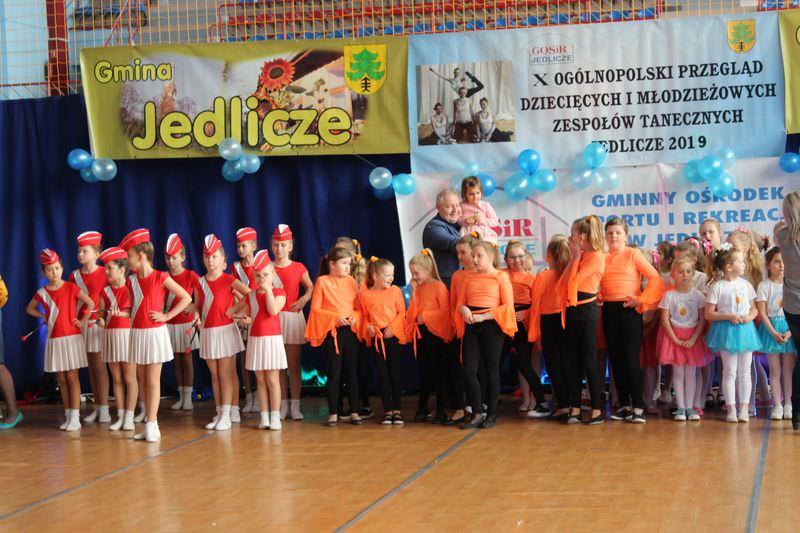 Przegląd tanecznych zespołów dziecięcych w Jedliczu