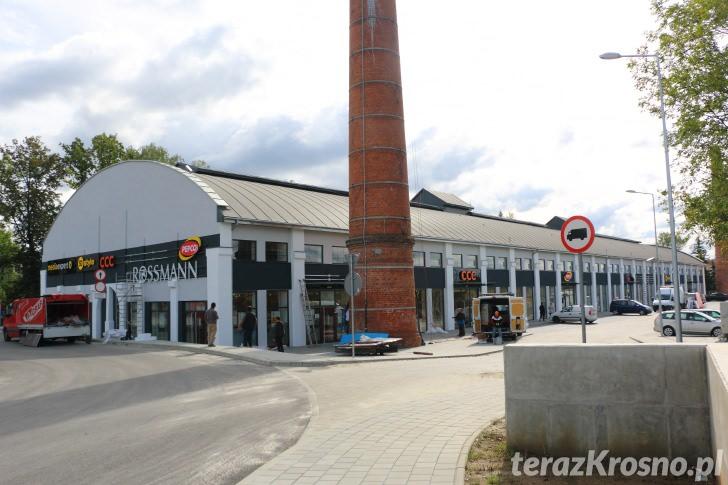 Przygotowania przed otwarciem Parku Handlowego w Krośnie
