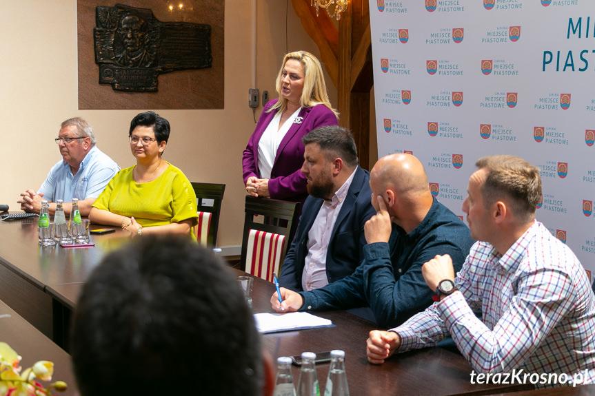 Spotkanie w UG Miejsce Piastowe