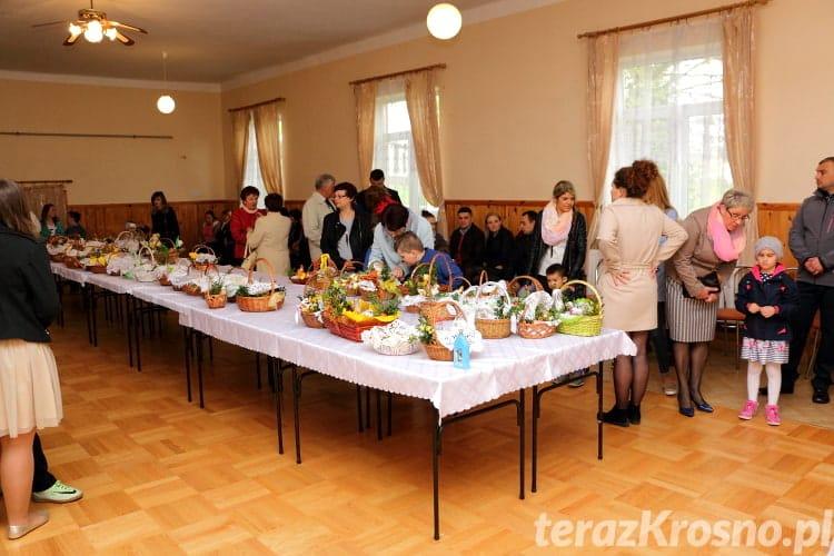 Święcenie pokarmów w Machnówce