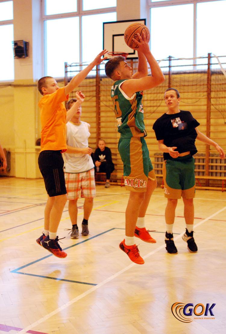 Turniej Koszykówki Ulicznej o Puchar Wójta Gminy Miejsce Piastowe