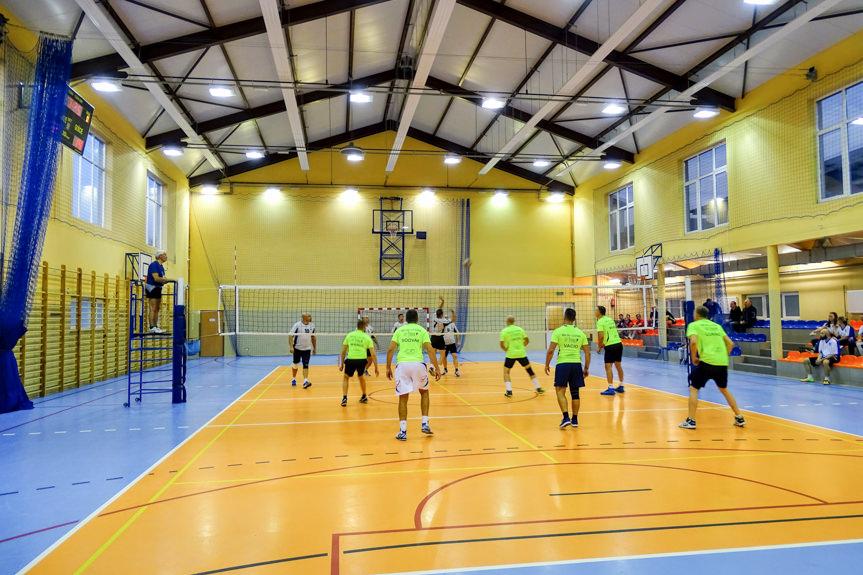 Turniej piłki siatkowej z okazji Dnia Edukacji Narodowej