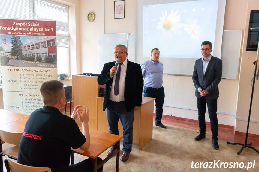 Turniej pożarniczo-ratowniczy w ZSP1 Krosno