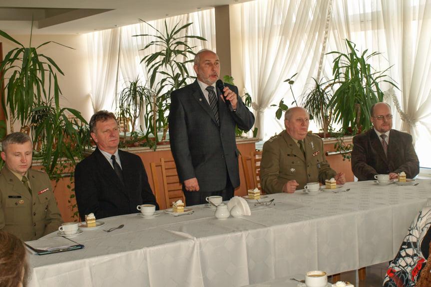 Uroczystość wręczenia medali w Starostwie Powiatowym w Krośnie
