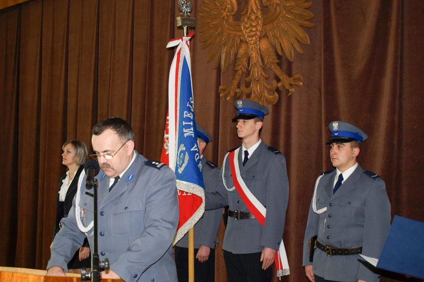 Uroczystość wręczenia odznaczeń w Komendzie Miejskiej Policji w Krośnie