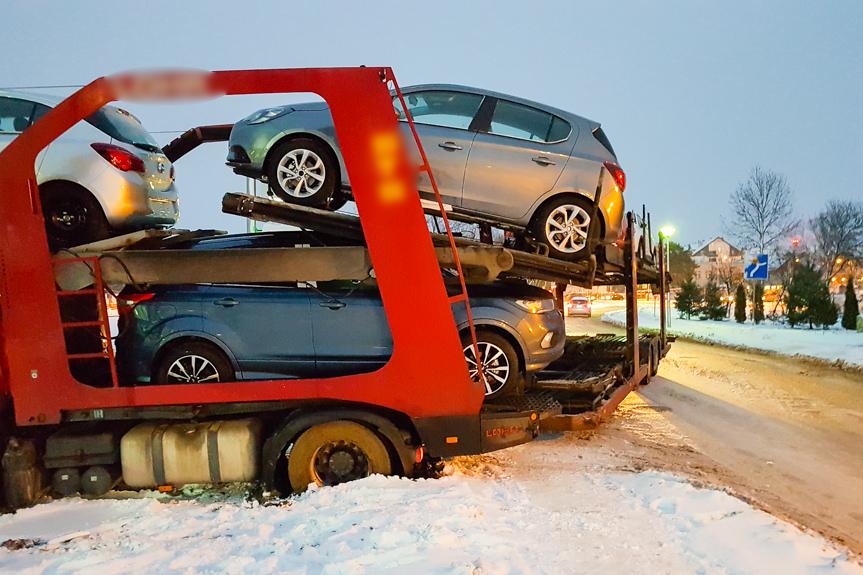 Uwięziony autotransporter