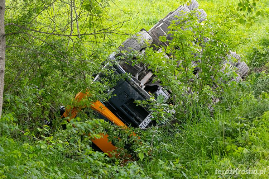 Wypadek cysterny i samochodu strażackiego  w Weglówce