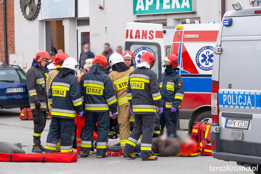 Wypadek w Korczynie na rondzie