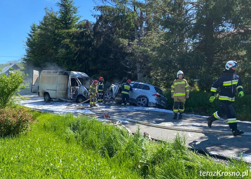 Zderzenie busa z samochodem osobowym w Odrzykoniu