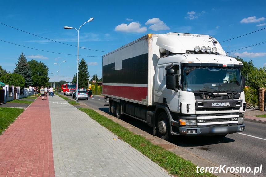 Zderzenie ciężarowki z osobówką w Jedliczu