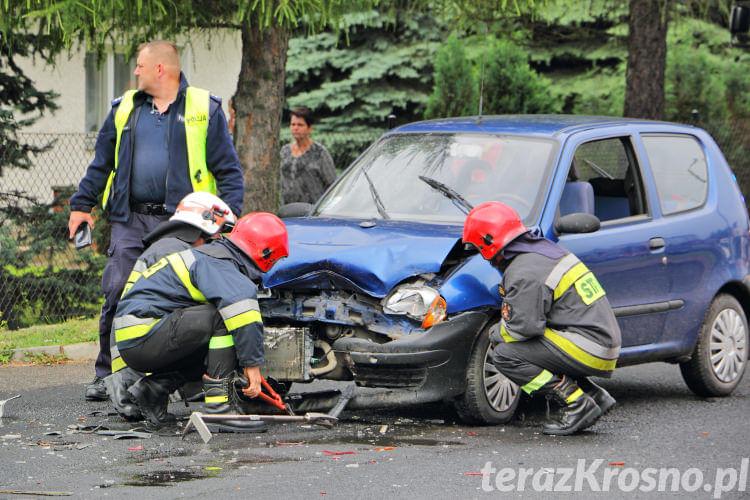 Zderzenie dwóch samochodów w Jedliczu
