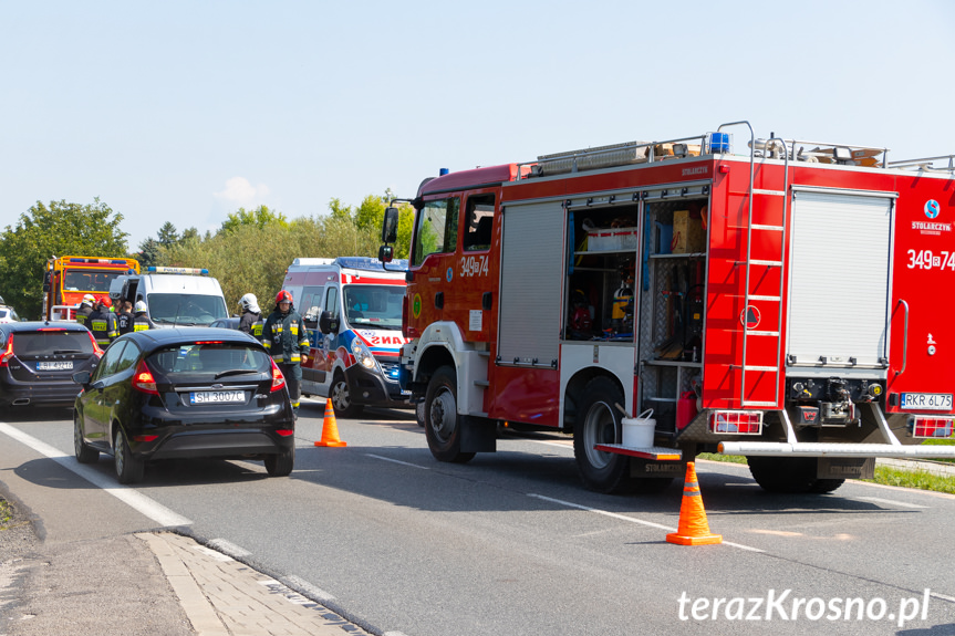 Zderzenie dwóch samochodów w Rogach