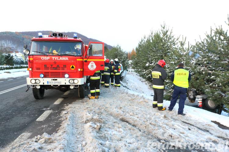 Zderzenie dwóch samochodów w Tylawie