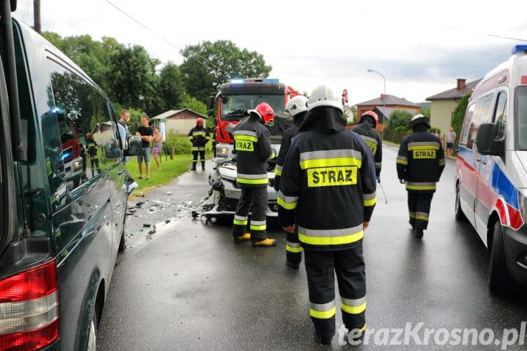 Zderzenie dwóch samochodów w Żarnowcu