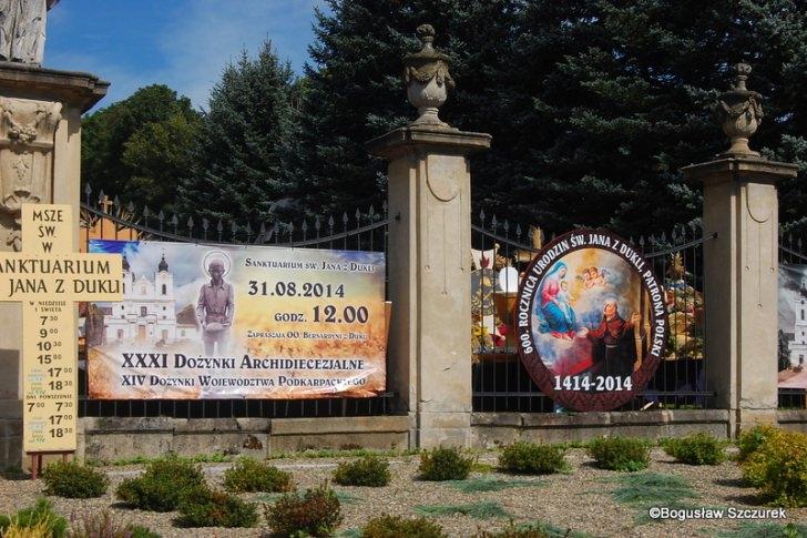 Dożynki Archidiecezjalne i wojewódzkie w Dukli