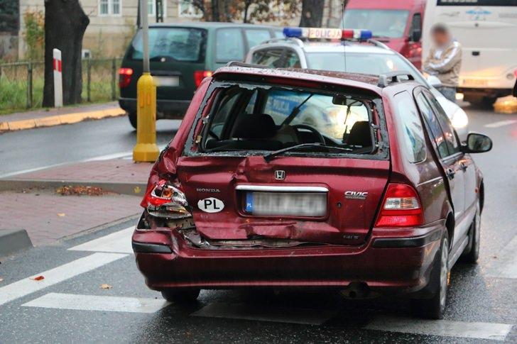 Dukla: Kolizja trzech samochodów