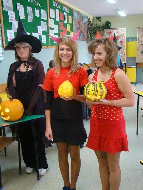 Halloween w gimnazjum Świerzowa Polska