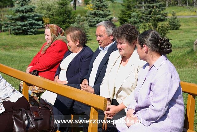 Uroczystość poświęcenia odremontowanej kapliczki i figury św. Jana Nepomucena
