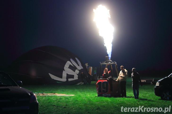 Balony nad Krosnem 2015 - Nocny pokaz balonów
