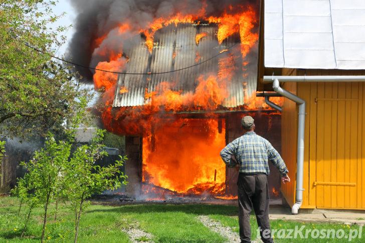 Pożar budynku gospodarczego w Bóbrce